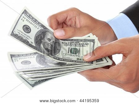 Mão com dinheiro