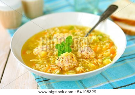 Zucchini And Meatball Soup