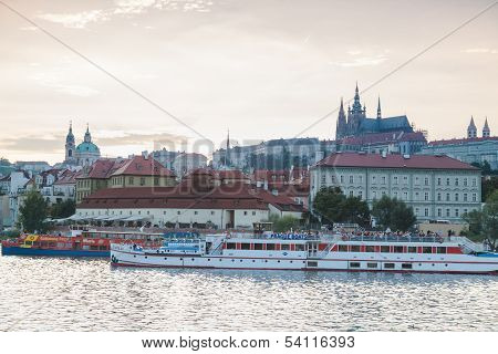 Cruise On Prague