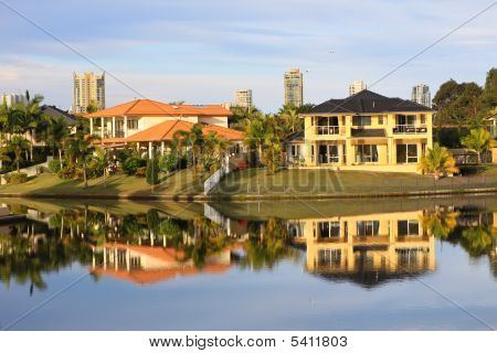Gold Coast Mansions