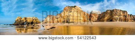 Beach landscape-Praia da rocha