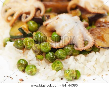 rice with octopus and vegetables