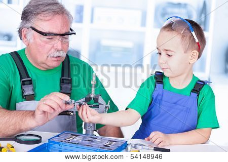 Grandfather And Grandchild With Thread Cutting Set