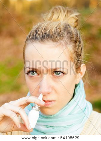 Using Nasal Spray