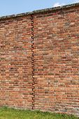 picture of mortar-joint  - An Expansion Joint in a Traditionally Built Brick Wall - JPG