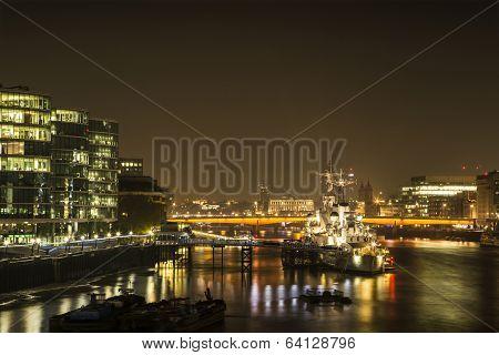 London Night: London Bridge