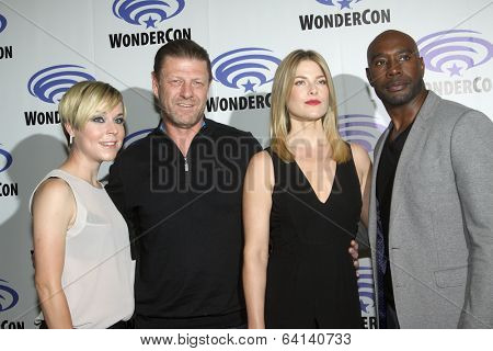 APRIL 19-ANAHEIM, CA: Tina Majorino, Sean Bean, Ali Larter and Morris Chestnut arrive at the 2014 Annual Wondercon press room for