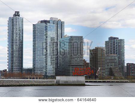 Long Island City  Queens  skyline