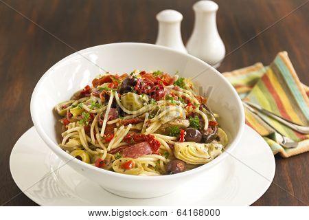 Mediterranean Salami Spaghetti