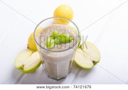 Apple, Banana Smoothie
