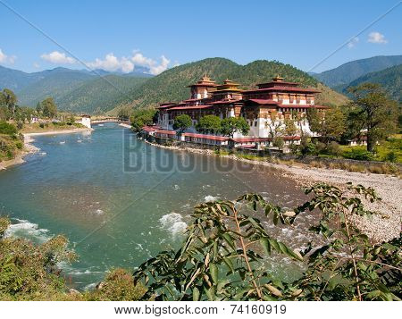 Punakha Dzong And The Mo Chhu River In Bhutan