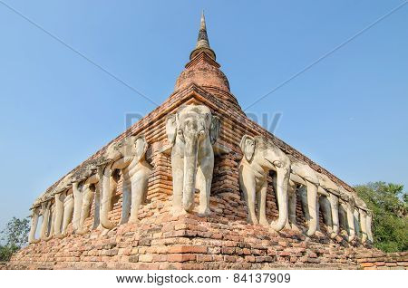 Wat Chang Lom Sukhothai Historical Park ,sukhothai ,thailand
