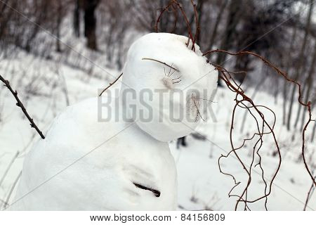 children's snow sculpture woman