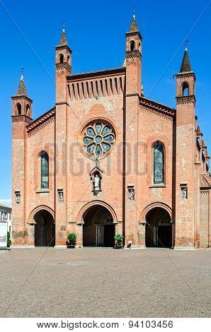 Duomo Di Alba (alba Cathedral), Piedmont, Italy