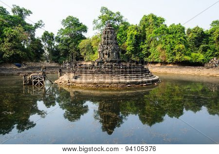 Neak Pean, part of Khmer Angkor temple complex, popular among tourists ancient landmark and place of worship in Southeast Asia. Siem Reap, Cambodia.