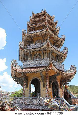 Chua Linh Phuoc Pagoda - Dalat Vietnam