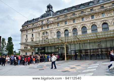 Paris, France - May 14, 2015: Visitors At The Main Entrance To The Orsay Modern Art Museum In Paris