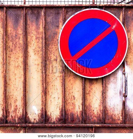 No Parking Rusty