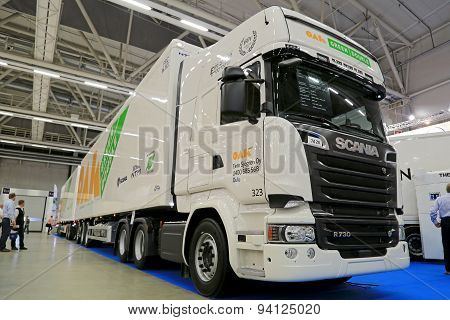 Scania R730 Long Combination Vehicle