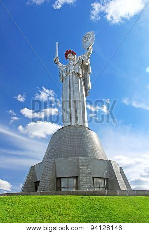 The Monument Mother Motherland Decorated With A Wreath Of Poppies On The Day Of Remembrance, Kyiv