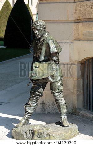 PARIS, FRANCE - SEPTEMBER 12, 2014: Statue in Rodin Museum in Paris