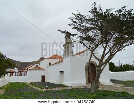 The fairy tale church of La Ampuyenta on Fuerteventura