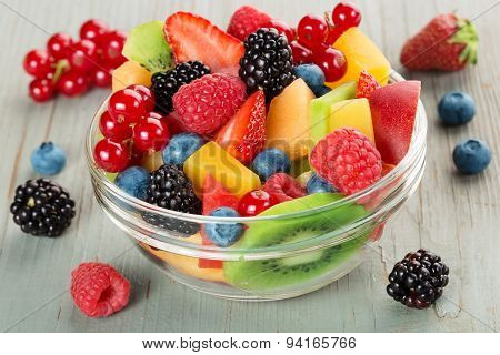 bowl of fruit cocktail