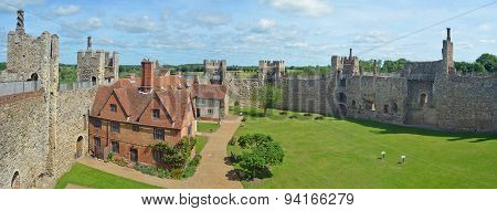 Framlingham castle and Poorhouse