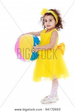 beautiful girl of 4 years