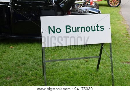 No burnouts sign.