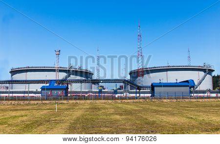 Storage Tanks For Fuel Oil Terminal