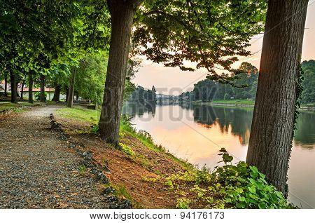 Turin (torino), River Po And Valentino Park