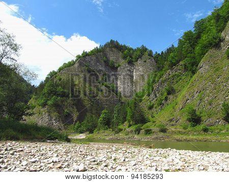 rocks at Dunajec river