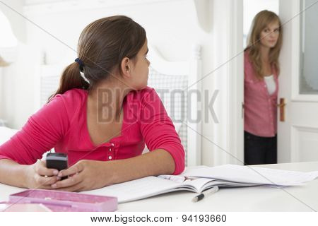 Mother Catches Daughter Using Phone When Meant To Be Studying