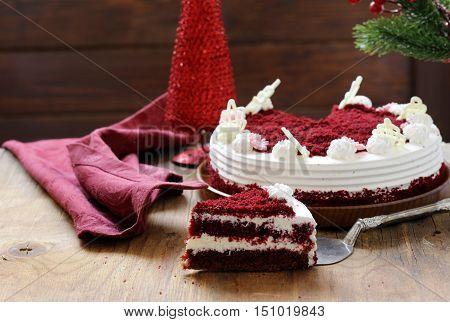 festive dessert - Christmas red velvet cake