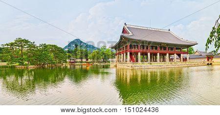 Gyeonghoeru Royal Banquet Hall. Gyeongbokgung Palace. Seoul. South Korea. Panorama