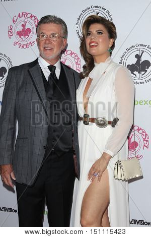 LOS ANGELES - OCT 8:  Alan Thicke, wife at the 2016 Carousel Of Hope Ball at the Beverly Hilton Hotel on October 8, 2016 in Beverly Hills, CA