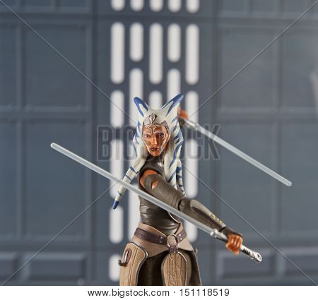 Action figure of Ahsoka Tano in an action pose with light sabers from the star wars cartoon series Clone Wars and Rebels - Hasbro Black Series 6 inch figjure
