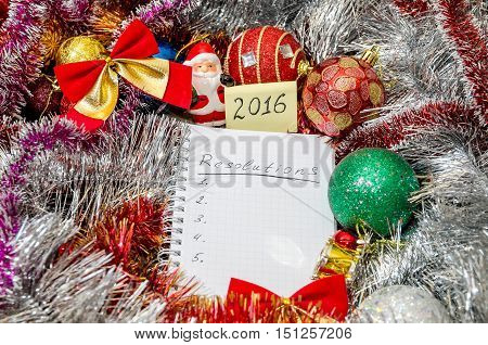 2016 New Year's resolution above Christmas decoration