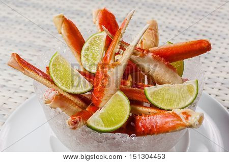 Boiled Claw Crab And Lime In A Salad Bowl On A Table