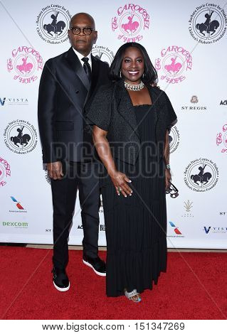 LOS ANGELES - OCT 8:  Samuel L. Jackson and LaTanya Richardson arrives to the Carousel of Hope 2016 on October 8, 2016 in Hollywood, CA