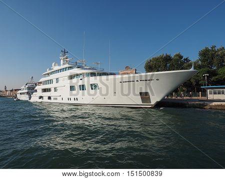 Lady S Yatch In Venice