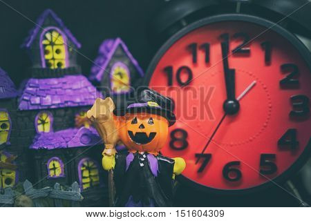 Pumpkins ghost counting down to halloween party