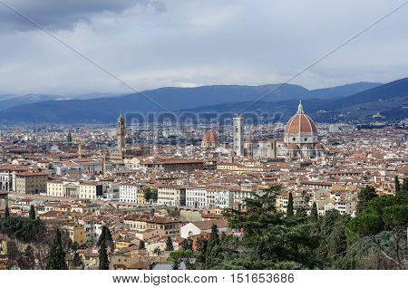 Florence, panoramic view for the cathedral Santa Maria del Fiore and city center