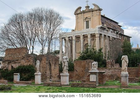 Roman Forum: House of Vestals and Temple of Antoninus and Faustina