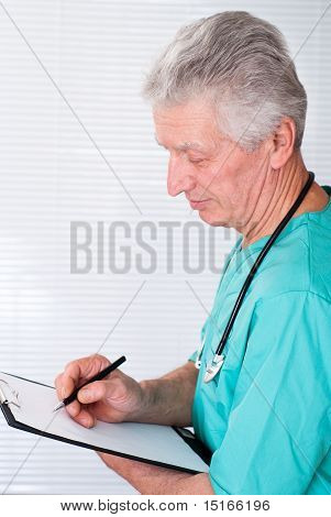 Nice Doctor Withs Tethoscope