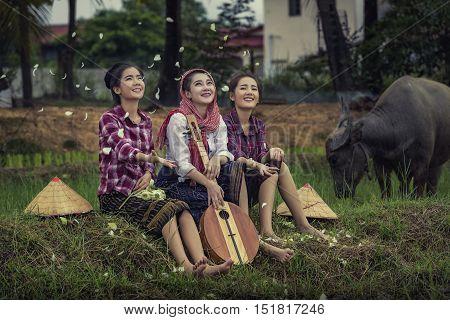 women farmers in rice fields ,farmer girls.