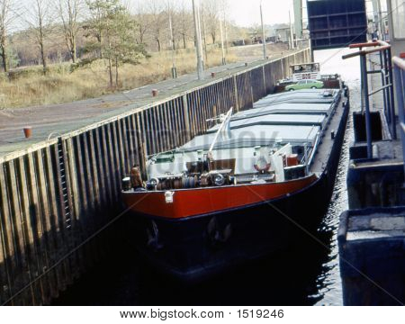 The Cargo Barge