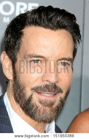 LOS ANGELES - OCT 13:  Tony Horton at the