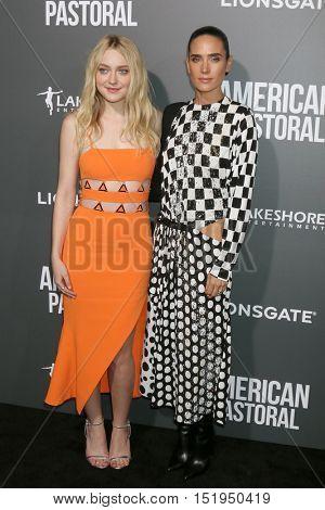 LOS ANGELES - OCT 13:  Dakota Fanning, Jennifer Connelly at the